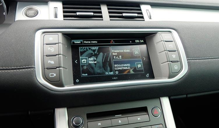 Range Rover Evoque 2016 дисплей
