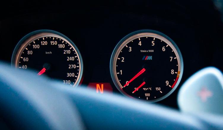 Панель приборов BMW M5 E60