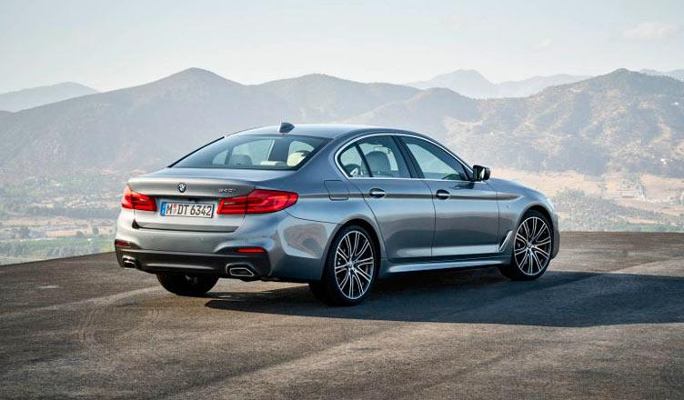 BMW G30 5-series: вид сзади