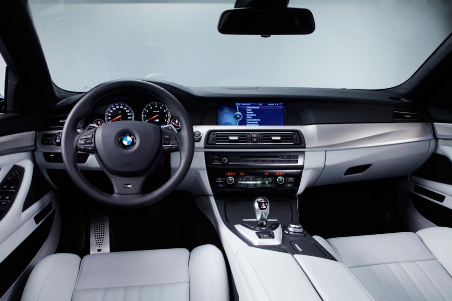 Салон BMW M5 F10