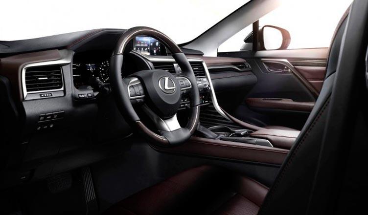 Lexus RX салон