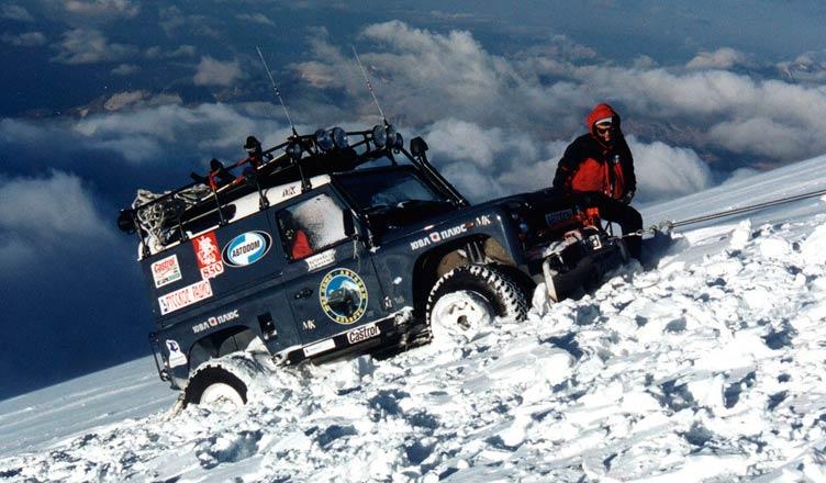 Land Rover Defender на Эльбрусе