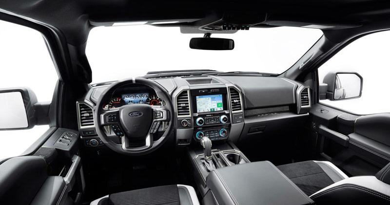 Салон Ford F-150 Raptor