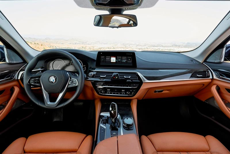 Салон BMW 5-Series G30